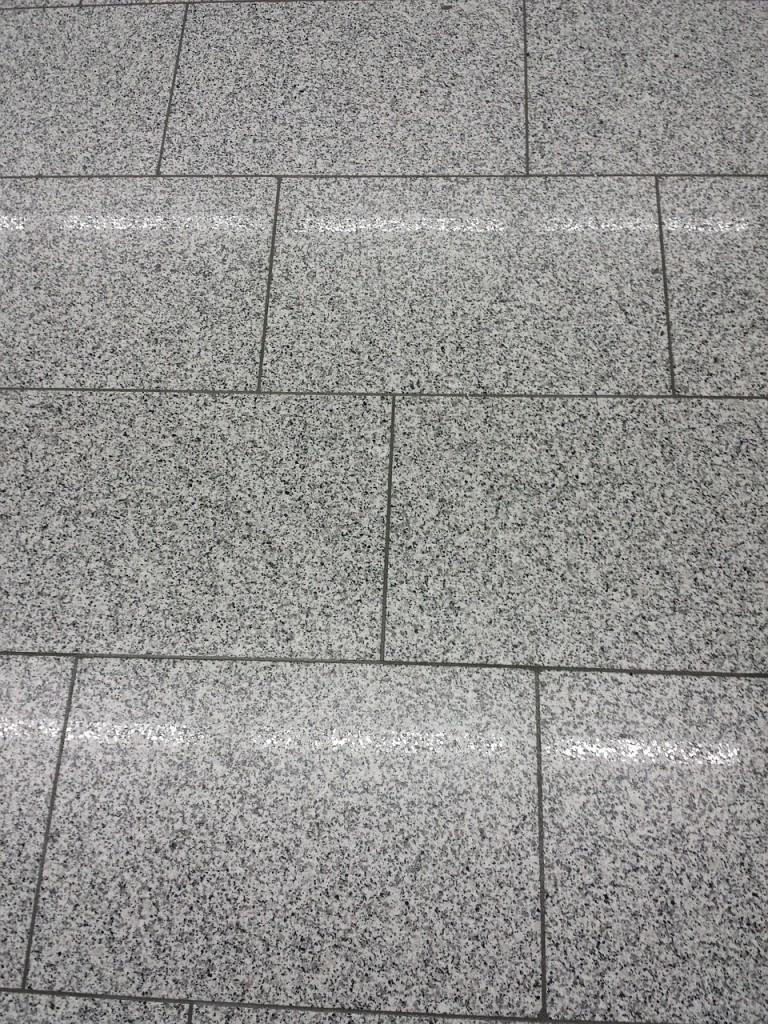 floor-tiles-338155_1280