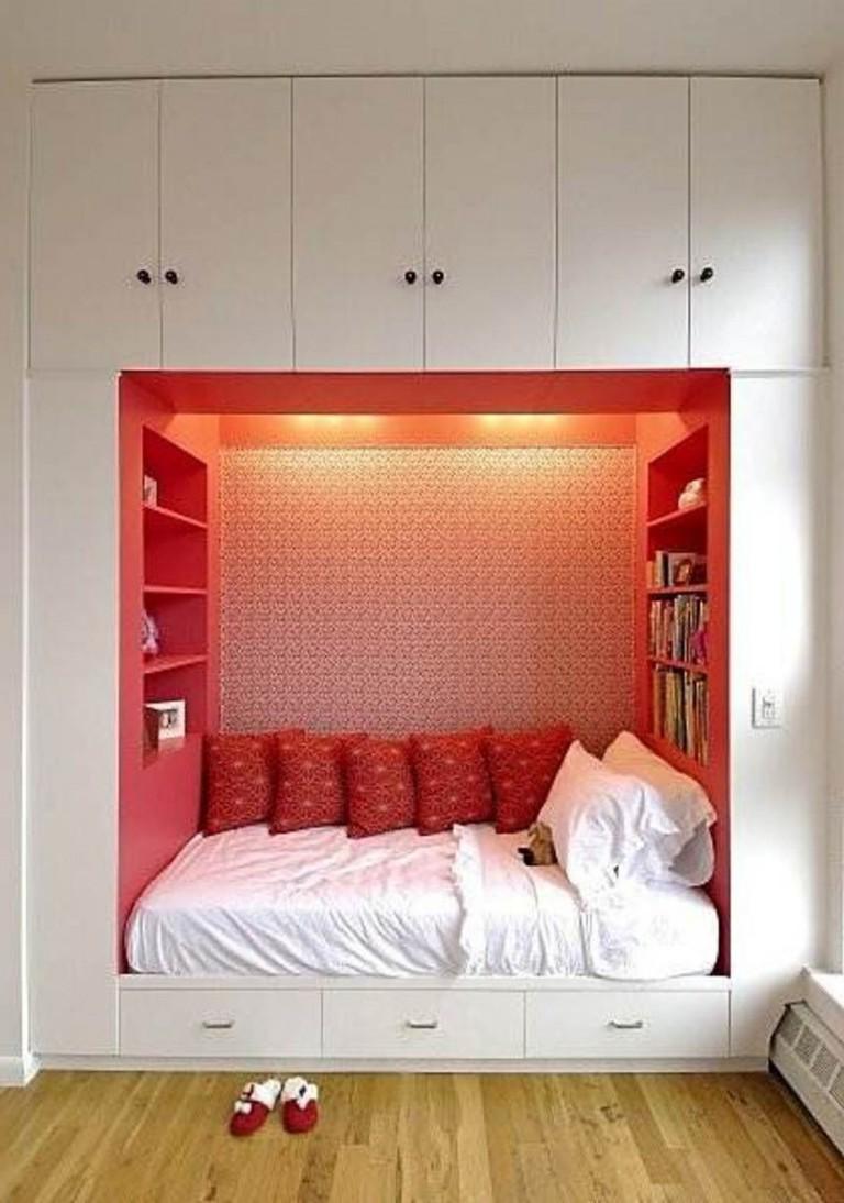 Как зонировать однокомнатную квартиру, где проживает большая семья Красивый Дом